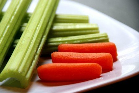 Five Healthy Snacks for the Beach